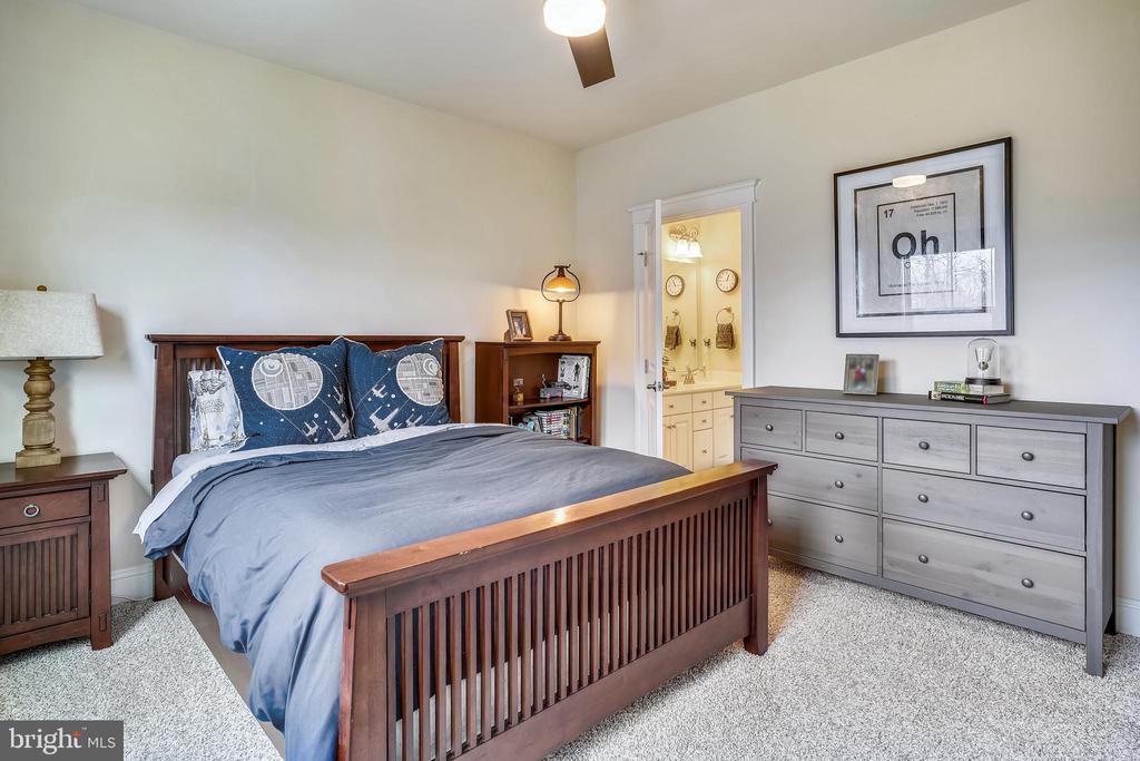 Bedroom 2-upper level - 17243 MISS PACKARD CT, DUMFRIES