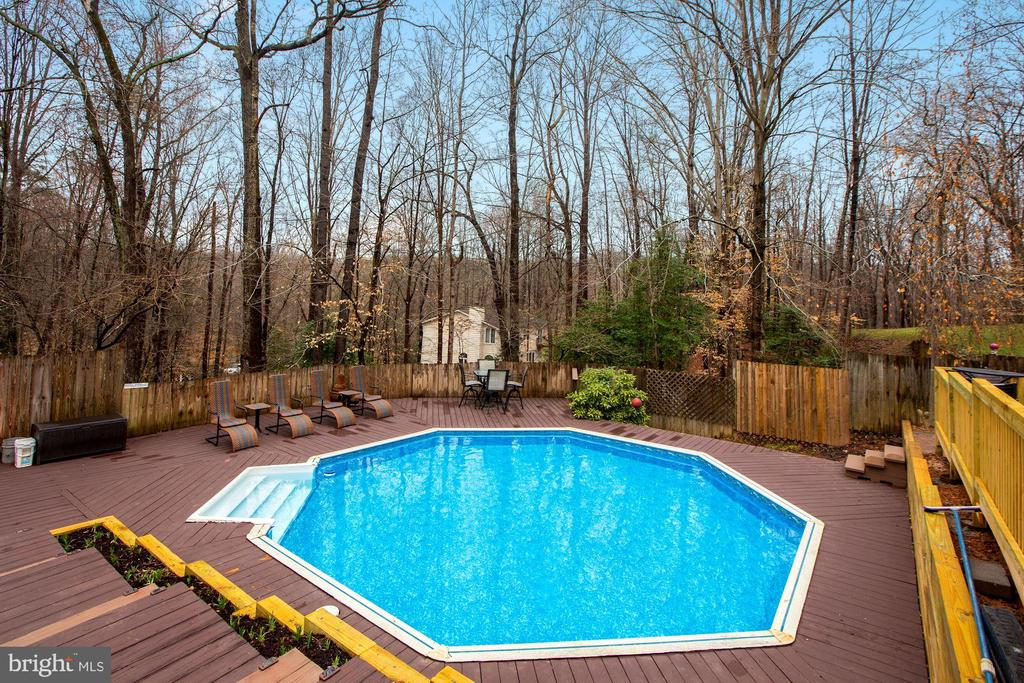 Pool - 10613 PINEVIEW RD, MANASSAS