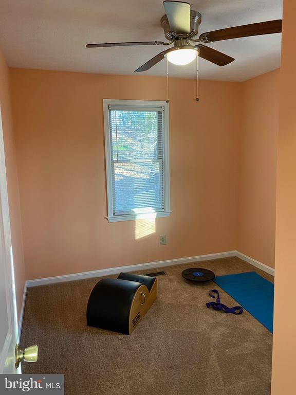Corner Bedroom - 2024 SCHOONER DR, STAFFORD