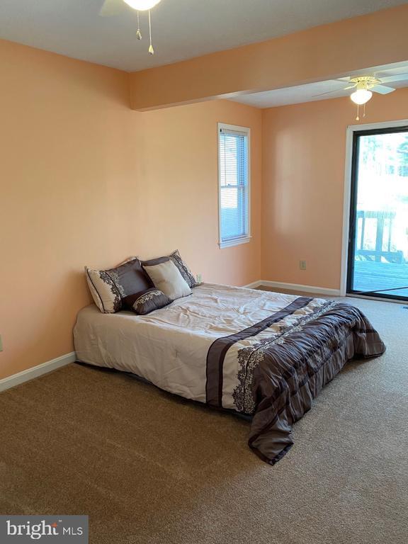 Main Bedroom - Slider to Rear Deck - 2024 SCHOONER DR, STAFFORD