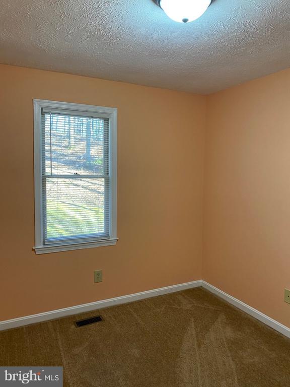 Middle Bedroom - 2024 SCHOONER DR, STAFFORD