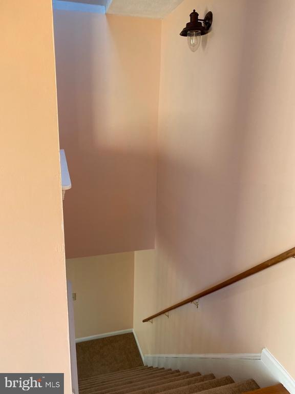 Stairway - 2024 SCHOONER DR, STAFFORD