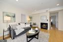 Living Room / Fireplace Gas - 1740 18TH ST NW #201, WASHINGTON