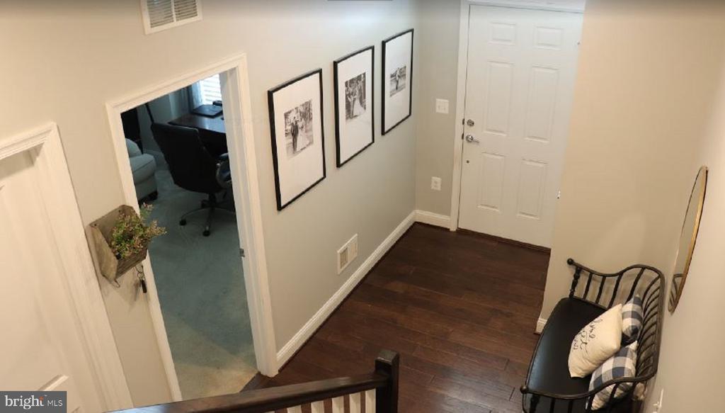 Foyer, Bedroom & Full Bath in Lower Level - 17353 REDSHANK RD, DUMFRIES