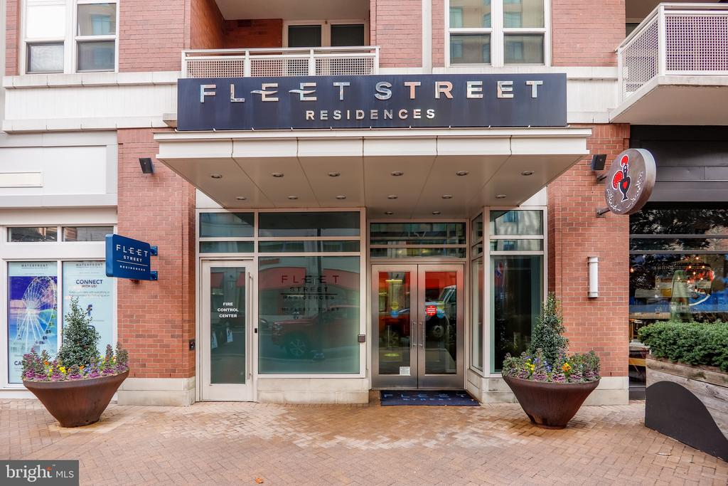 Front Entry To The Building - 157 FLEET ST #413, NATIONAL HARBOR