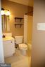 Hall Bath - 8002 LAKE PLEASANT DR, SPRINGFIELD