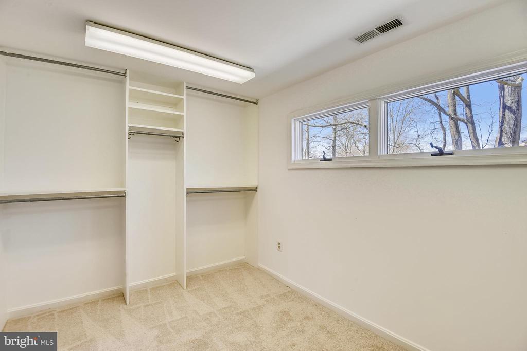 Primary Bedroom Walk-in Closet - 4206 MOUNT VERNON MEMORIAL HIGHWAY, ALEXANDRIA