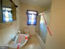 Full Bathroom (winterized) - 11900 GORDON RD, FREDERICKSBURG
