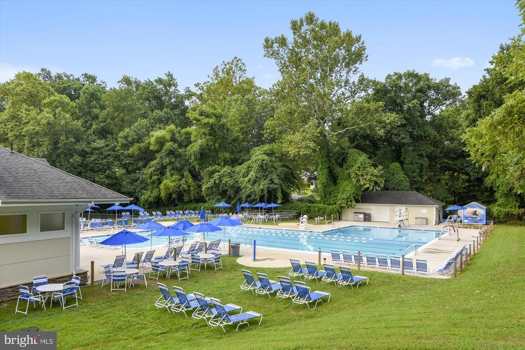 Country Club Hills Swimming Pool - 3606 COLONY RD, FAIRFAX