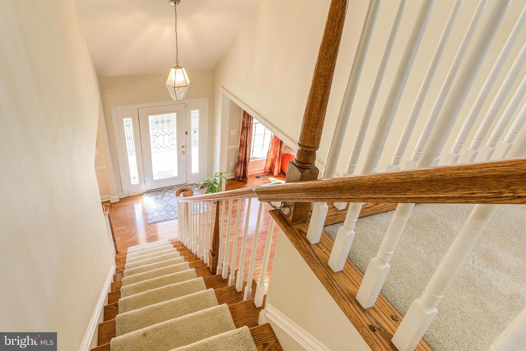 - 42964 CHANCERY TER, ASHBURN