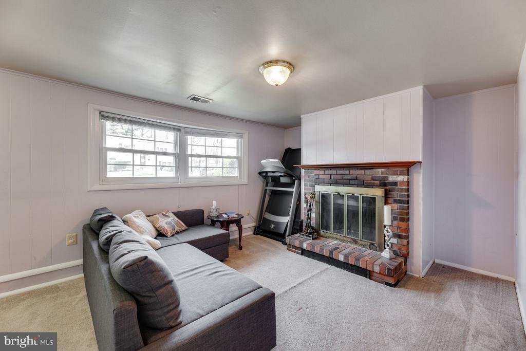 - 3804 FAIRHOPE RD, WOODBRIDGE