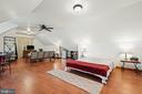 Garage studio - 37670 CHAPPELLE HILL RD, PURCELLVILLE
