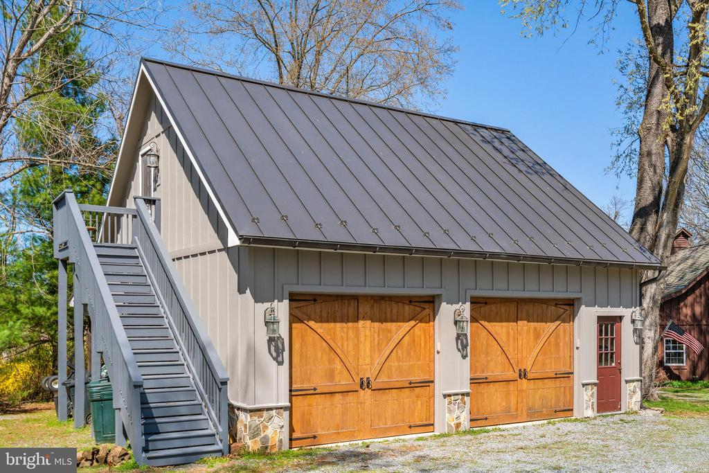 Garage - 37670 CHAPPELLE HILL RD, PURCELLVILLE
