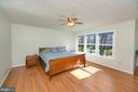 Large light filled Master bedroom - 1106 LAKEVIEW PKWY, LOCUST GROVE
