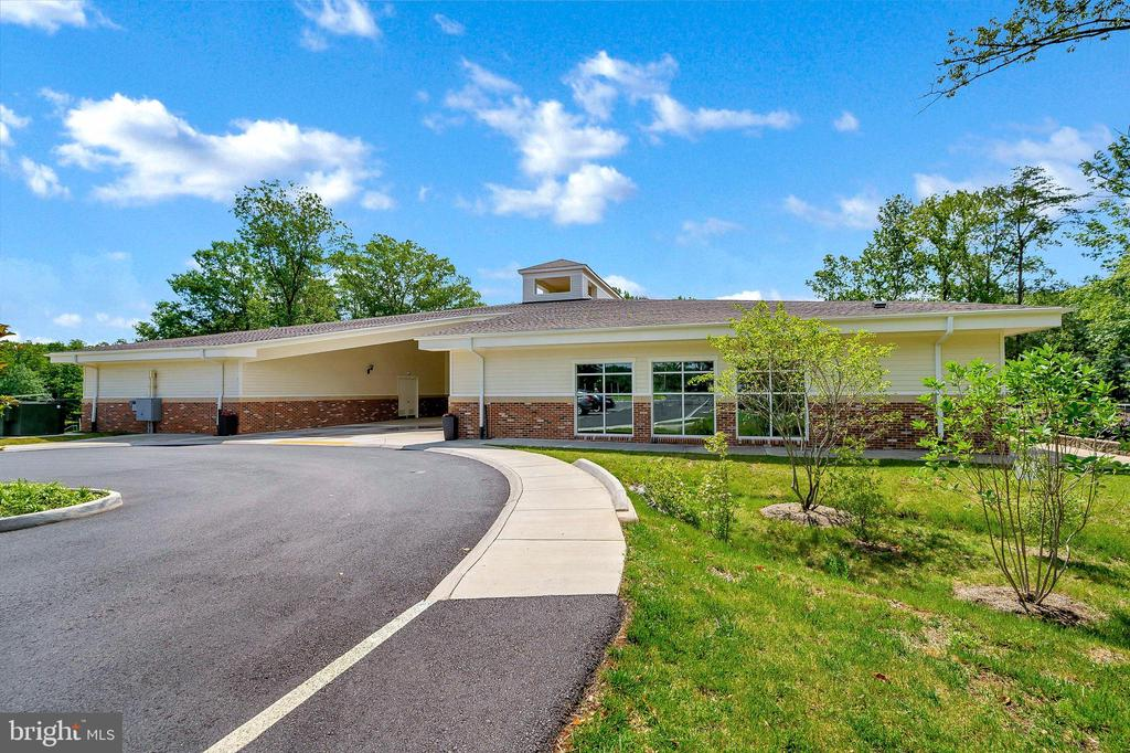 Exercise Facilities - 1106 LAKEVIEW PKWY, LOCUST GROVE