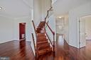 Enter into a two story foyer - 1306 MONROE ST, HERNDON