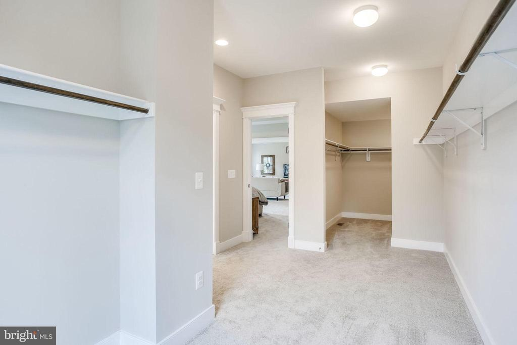 Owners Walk-in Closet - 8545 ELECTRIC AVE AVE, VIENNA