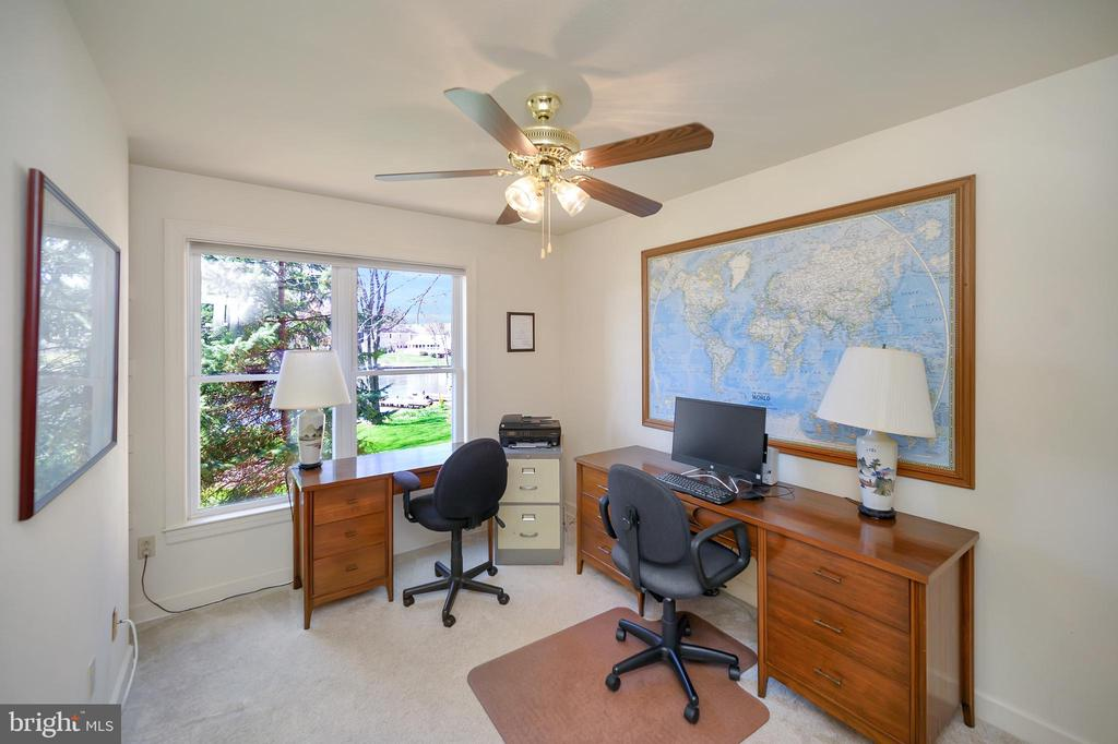 Bedroom #2/office main level - 112 WOODLAWN TRL, LOCUST GROVE