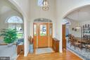 Inviting foyer with soaring ceilings - 112 WOODLAWN TRL, LOCUST GROVE