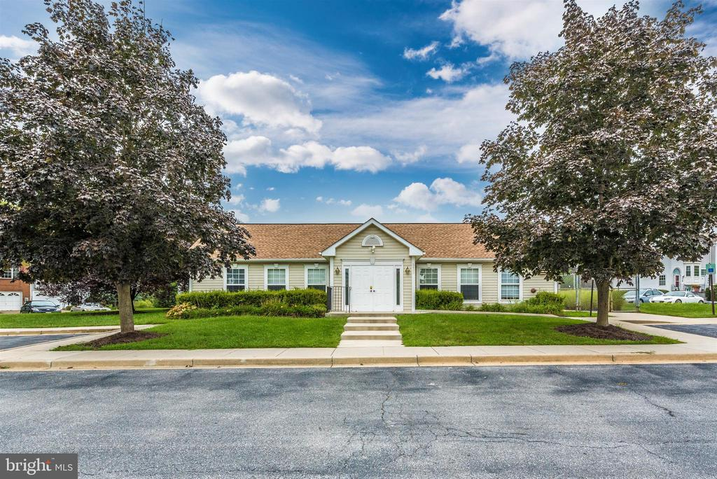 Community Clubhouse - 7147 LADD CIR, FREDERICK
