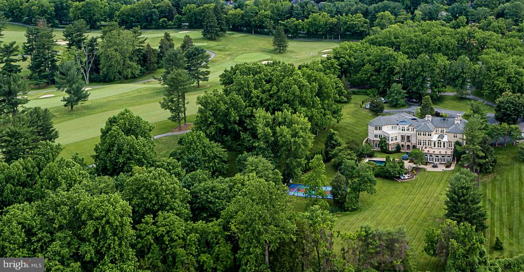 Abutting Congressional Country Club's Blue Links - 8313 PERSIMMON TREE RD, BETHESDA
