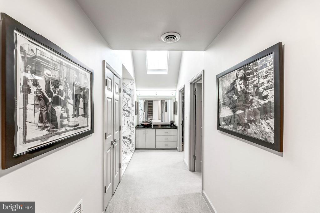 Owners' Suite - 13219 LANTERN HOLLOW DR, NORTH POTOMAC