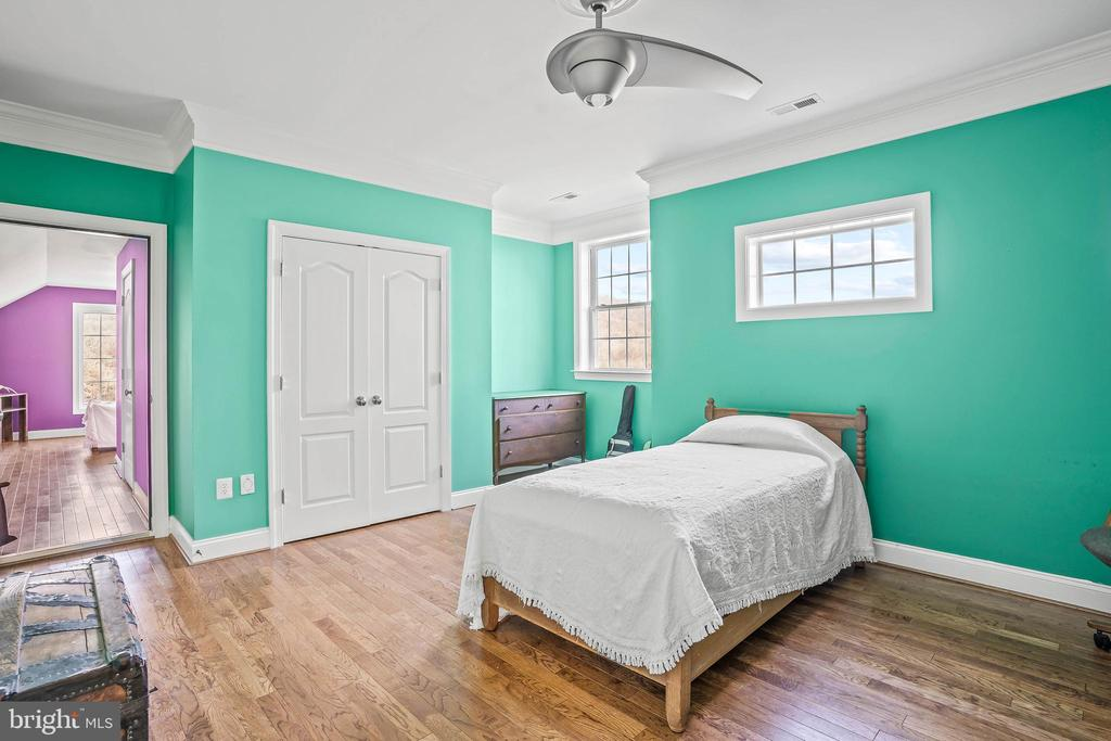 Jack and Jill Bedrooms - 11170 GEORGES MILL RD, LOVETTSVILLE