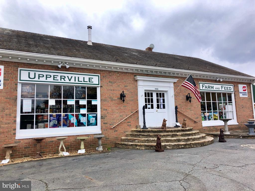 Nearby places to pick up flowers or farm needs - 21943 ST LOUIS RD, MIDDLEBURG