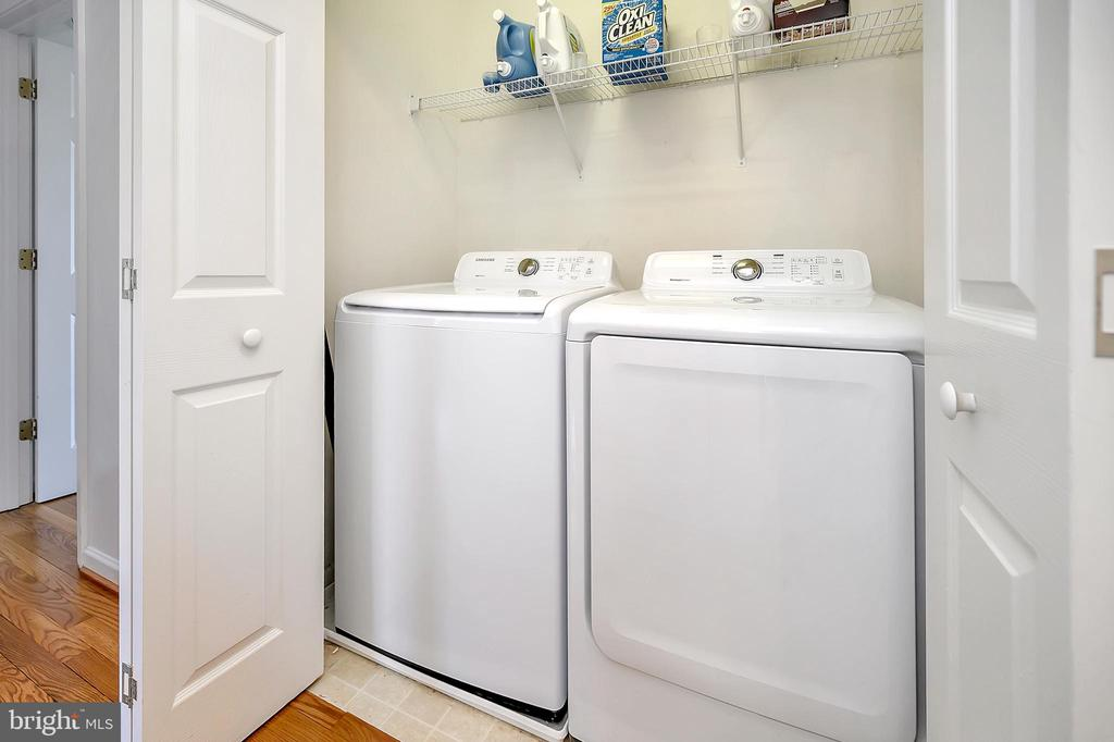 Upstairs Laundry - 33 CARLSBAD DR, STAFFORD