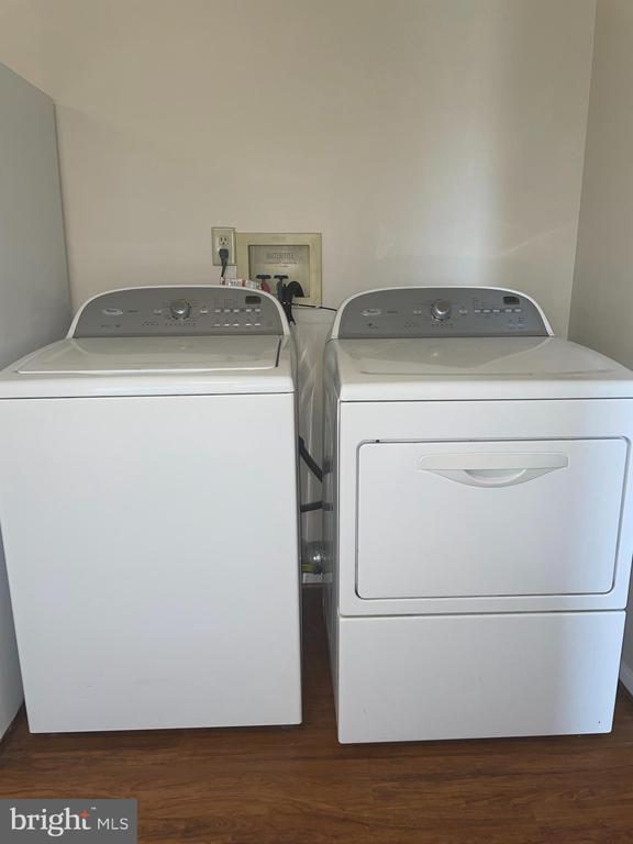 washer & dryer - 302 MANOR CT, FREDERICK
