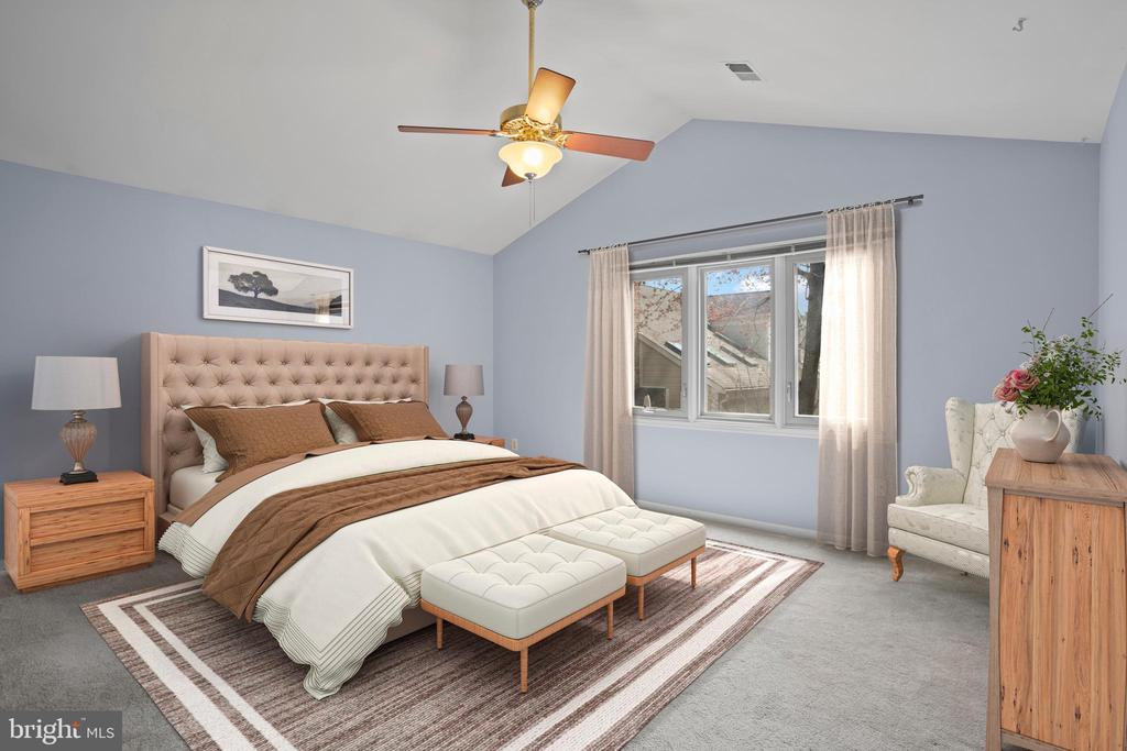 Upstairs light-filled primary bedroom... - 10525 ELMENDEN CT, OAKTON