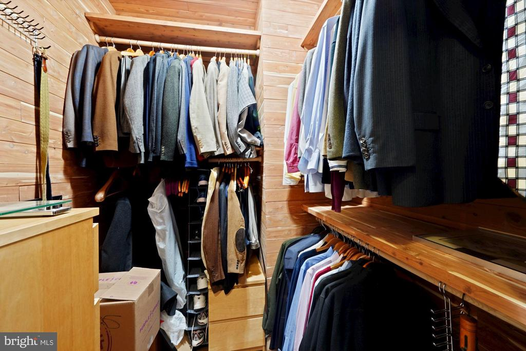 Cedar walk-in closet with closet organizers! - 1111 25TH ST NW #918, WASHINGTON