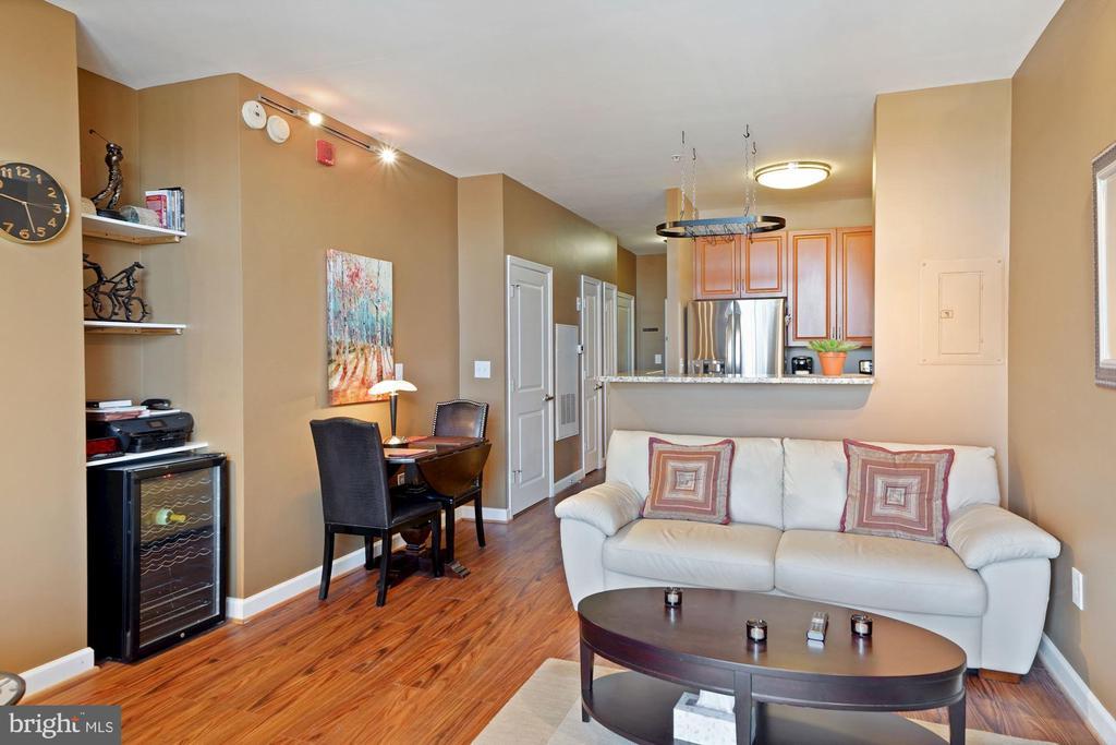 Living area with wine fridge - 1111 25TH ST NW #918, WASHINGTON