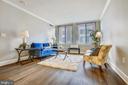 Beautiful new floors - 1205 N GARFIELD ST #905, ARLINGTON