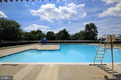 3 Pools! - 6626 ACCIPITER DR, NEW MARKET