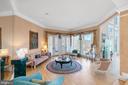 Formal sitting room - 658 LIVE OAK DR, MCLEAN