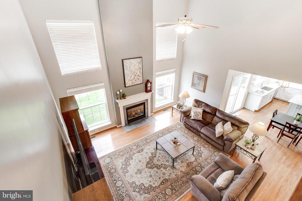 Family Room from Upper Level - 9696 ANJOU CT, MANASSAS