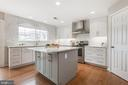 Kitchen Island - 9696 ANJOU CT, MANASSAS
