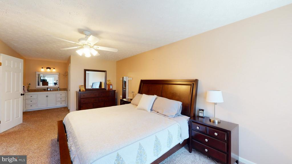 Room to relax alone - 3014 MEDITERRANEAN DR, STAFFORD