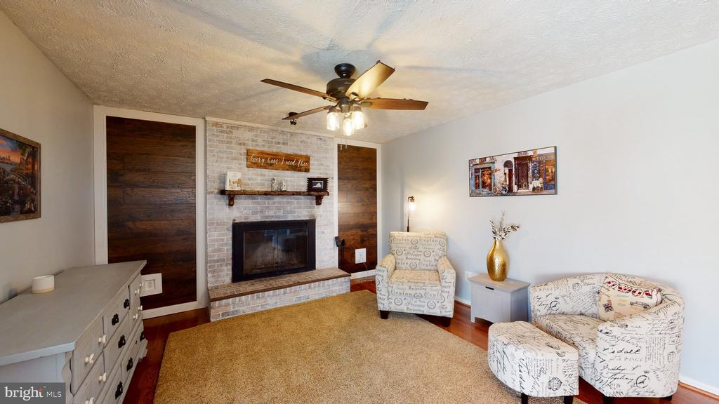 Relax at home - 3014 MEDITERRANEAN DR, STAFFORD