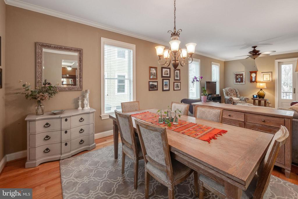 Dining area opens to family style room - 1244 MONROE ST NE, WASHINGTON