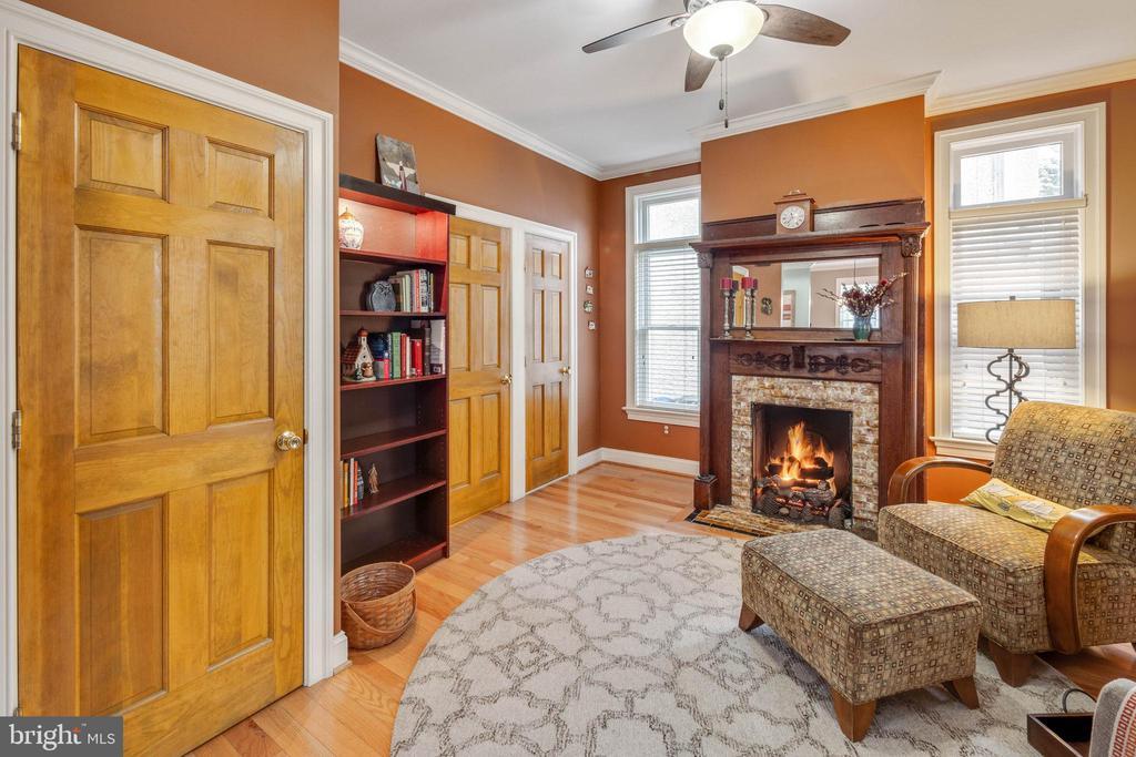 Library/Den has a great deal of natural light - 1244 MONROE ST NE, WASHINGTON