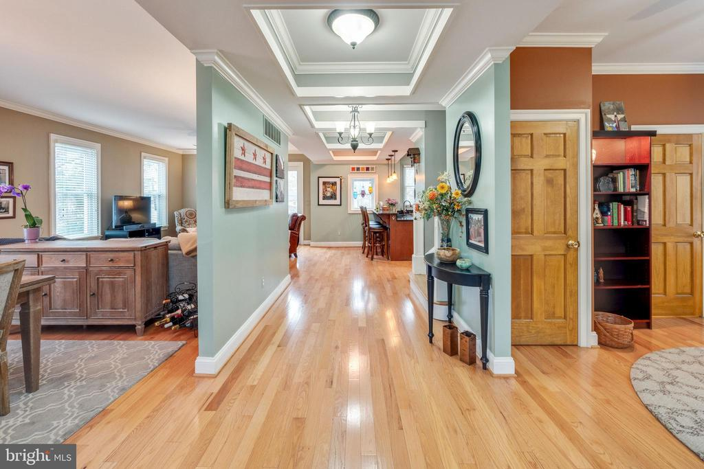 Entry hallway into home - 1244 MONROE ST NE, WASHINGTON