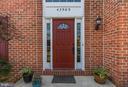 Beautiful, Red Front Door - 42969 DEER CHASE PL, ASHBURN