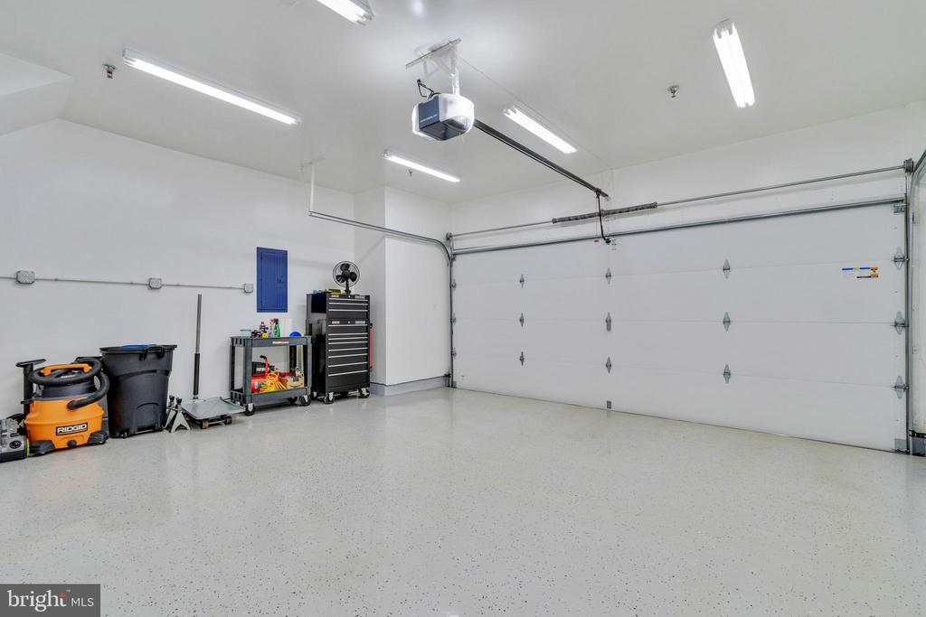 Two-car garage with new garage door and remotes! - 21786 JARVIS SQ, ASHBURN