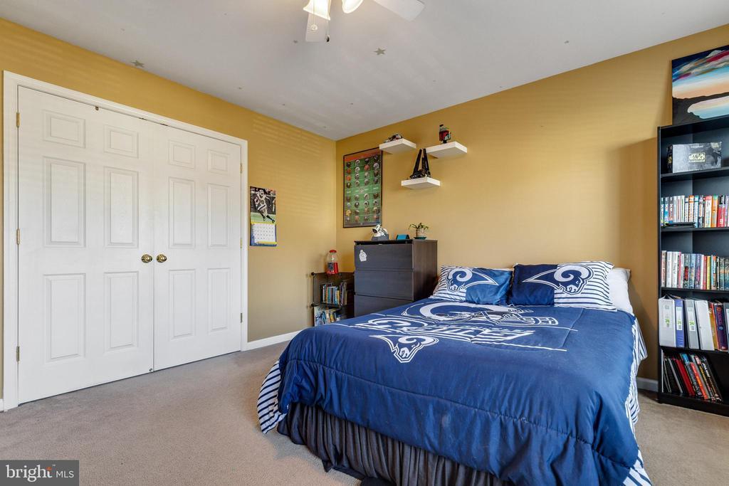 Fourth bedroom w/large closet - 15659 ALTOMARE TRACE WAY, WOODBRIDGE
