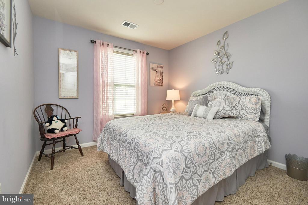 Secondary Bedroom - 7006 DARBEY KNOLL DR, GAINESVILLE