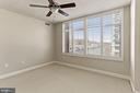 Large primary bedroom - 3600 S GLEBE RD #310W, ARLINGTON