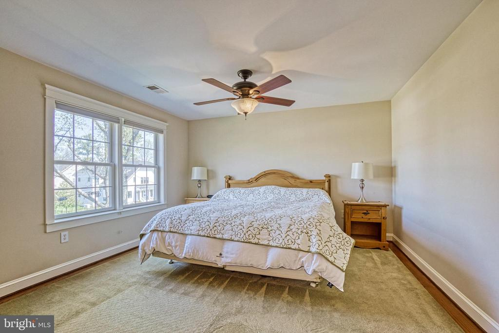 Master suite with ceiling fan - 6519 ELMHIRST DR, FALLS CHURCH