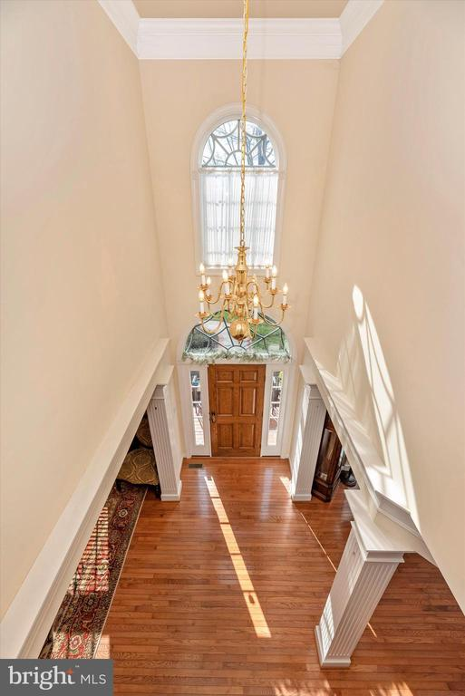 Foyer From Above - 7 FARMSTEAD PL, MIDDLETOWN